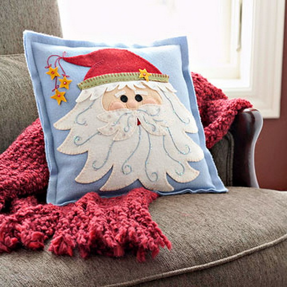 The pillows for Christmas